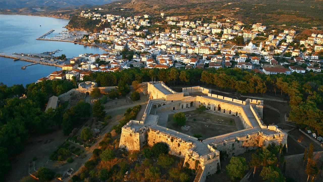 Κυπαρισσία | www.18-24.gr